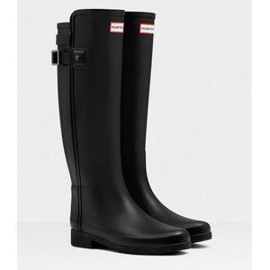 Women's Refined Slim Fit Back Strap Boots - Sz. 7